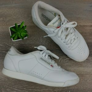 Reebok Classic Style Bulky Lace Up White Sneaker
